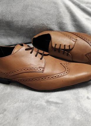 Шкіряні броги преміум класу від британського бренду kurt geiger 46 р.