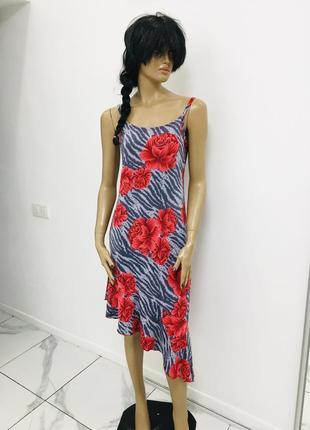 Трендовое ассиметрическое платье с рюшей внизу принт зебра в цветах англия 1+1=3 на всё 🎁