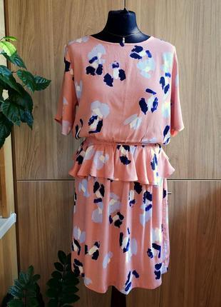 Легкое натуральное платье minimum с баской, 100% вискоза