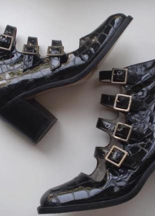 Женские лаковые туфли-ботинки lello bacio  италия 37р. кожаные