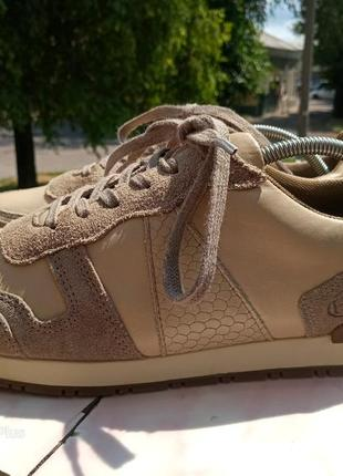 Качественные, комфортные кроссовки натуральная кожа hn 40 разм
