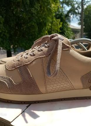 Качественные, комфортные кроссовки натуральная кожа hn 40 разм4 фото