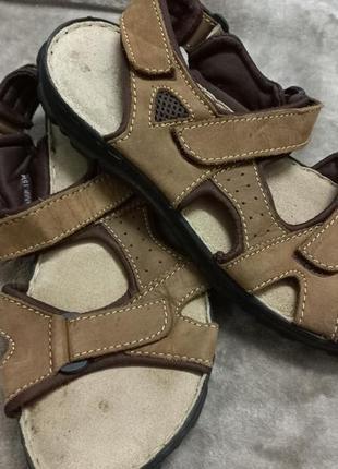 Босоножки .сандали фирменные кожаные муж.43р. paders.clarks индии
