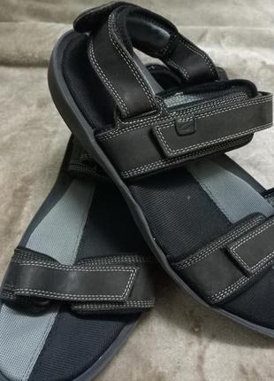 Босоножки,сандали кожаные фирменные муж. 44р.clarks индии