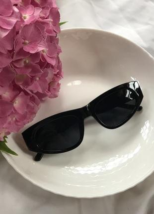 Трендовые пластиковые очки2 фото