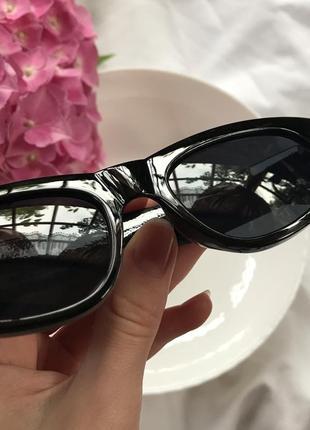 Трендовые пластиковые очки6 фото