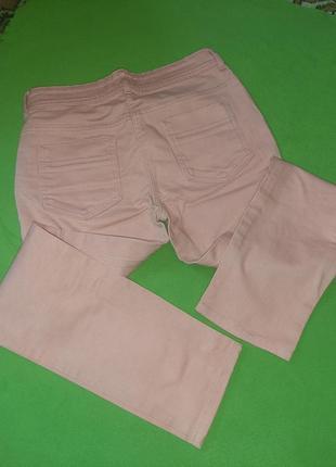 Отличные яркие джинсы коралловые