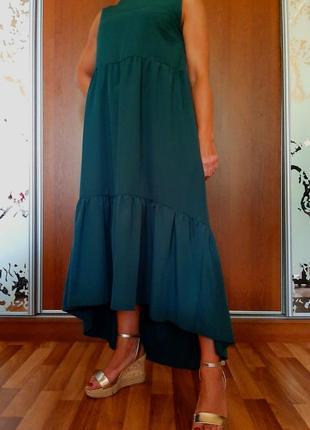 Новое ассиметричное изумрудное ярусное платье в стиле бохо