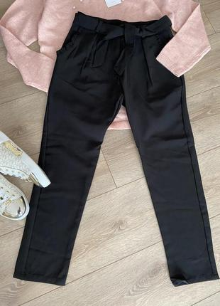 Стильні класичні брюки idexe