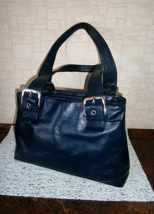 Стильная, повседневная сумка из натуральной кожи. visconti. италия.
