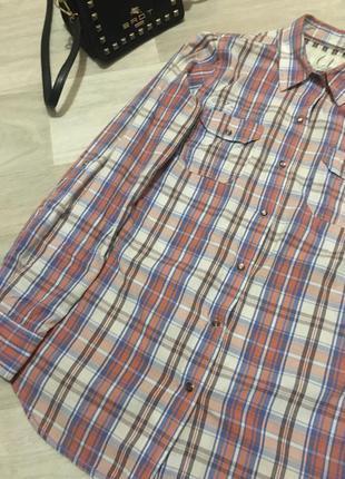 Удлиненная хлопковая рубашка в клетку.