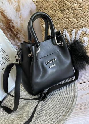 Маленькая сумочка с косметичкой внутри4 фото