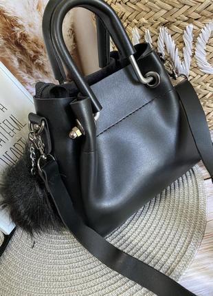Маленькая сумочка с косметичкой внутри5 фото