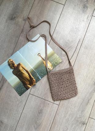 Маленькая плетёная сумочка