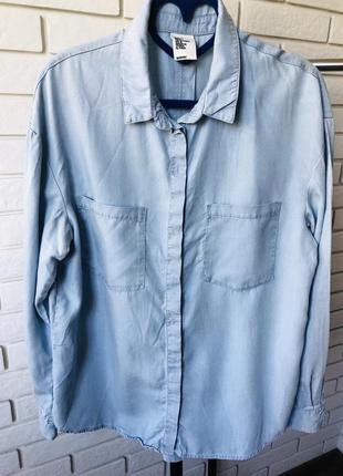 Рубашка из голубого денима h&м