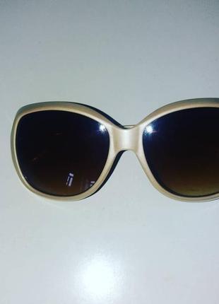 Очки солнцезащитные. 50 грн. любые.