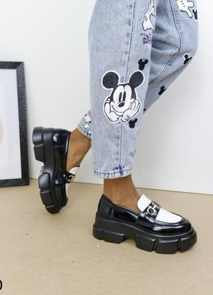Шикарные туфли кожаные на высокой платформе, женские туфли на массивной подошве, хитовые туфли на тракторной подошве7 фото