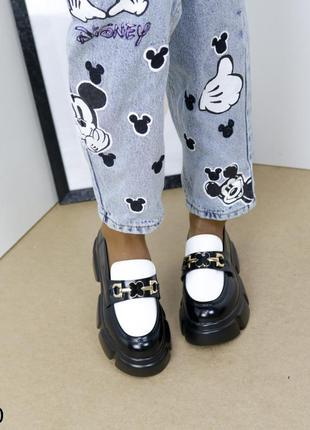 Шикарные туфли кожаные на высокой платформе, женские туфли на массивной подошве, хитовые туфли на тракторной подошве5 фото