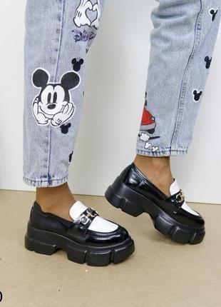 Шикарные туфли кожаные на высокой платформе, женские туфли на массивной подошве, хитовые туфли на тракторной подошве4 фото