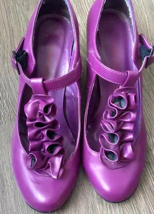 Продам туфлі туфли