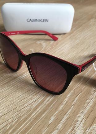 Солнцезащитные очки 😎 оригинал4 фото