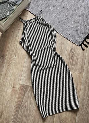 Мини платье в обтяжку в полоску asos