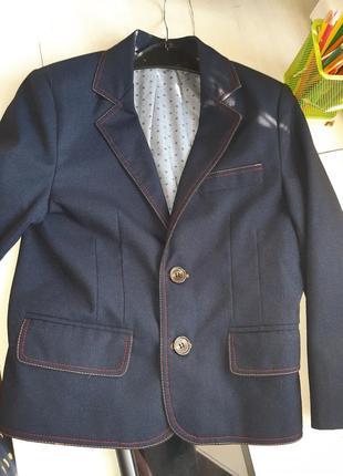Школьный синий пиджак 6-7 лет