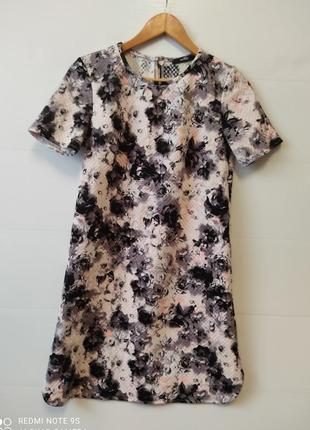 Крутое летнее платье с принтом р. м/ s