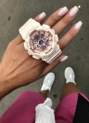 Стильные массивные спортивные часы