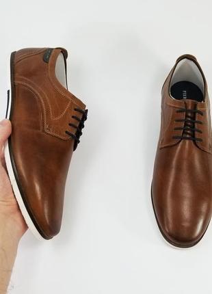 Чоловічі шкіряні туфлі