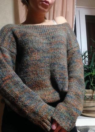 Уютный oversize свитер zara