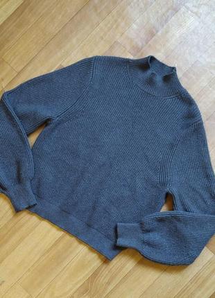 Фирменный, мягкий свитер zara