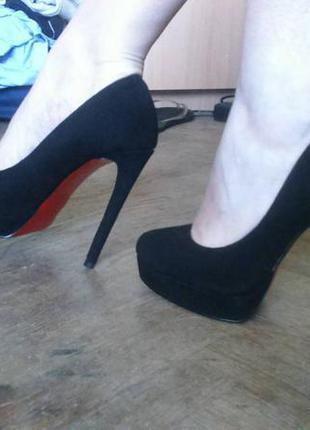 Идеальные замшевые туфли