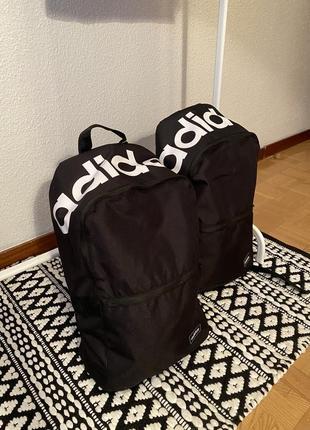 Чорний оригінальний рюкзак від adidas daily 2.0