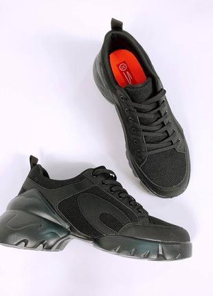 Кросівки  еко-шкіра + текстиль сітка  колір black  підошва піна  дуже легкі