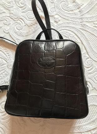 Стильный рюкзак , кожа