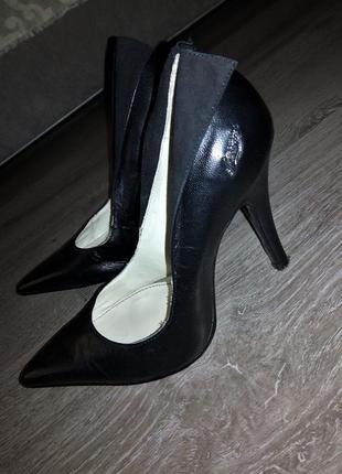 Базовые кожаные туфли-лодочки👑французского бренда morgan,оригинал