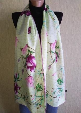 Красивейший шарф из натурального шелка,шов роуль