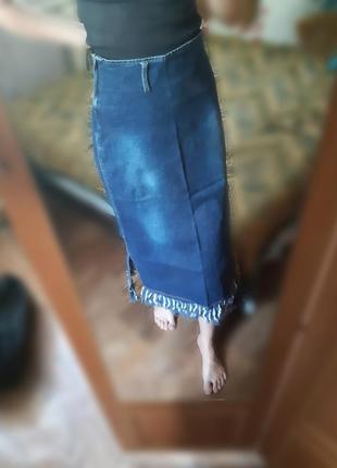 Юбка джинсовая миди с бахромой