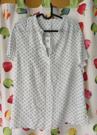 Блуза очень приятная к телу gap