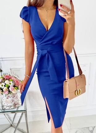 Елегантное платье миди с v-вырезом и разрезом сбоку 🌼