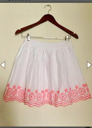 Белоснежная юбка с прошвой