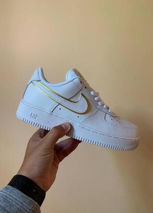 Кроссовки nike air force 1 07 essential white gold белые купить найк аир форс женские