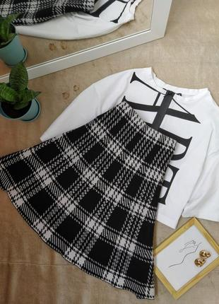 Красивая трикотажная юбка трапеция в клетку nanette