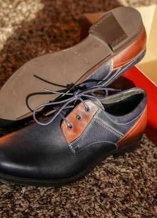 Стильні чоловічі туфлі дербі