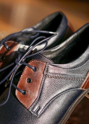 Стильні чоловічі туфлі дербі5 фото