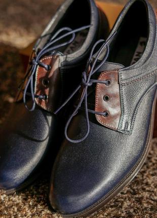 Стильні чоловічі туфлі дербі3 фото
