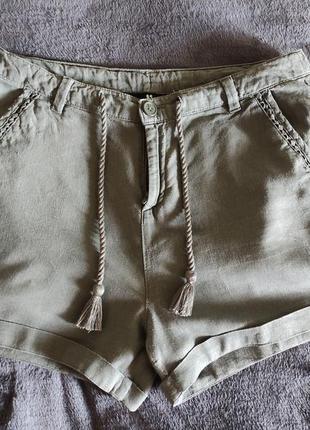 Короткие льняные шорты пот-41 см