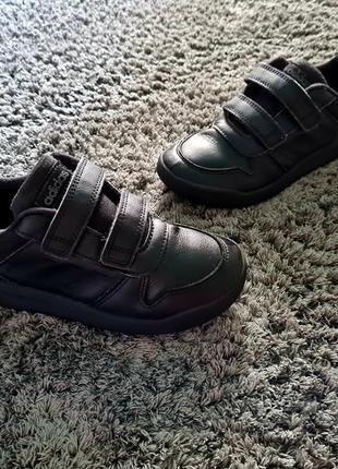 Кожаные кроссовки adidas, черные кроссовки adidas