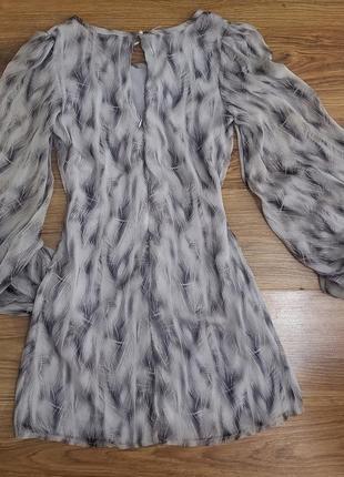 Плаття з пишними рукавами, рукав- фонарик